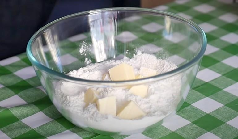 готовим тесто для печенья на кефире