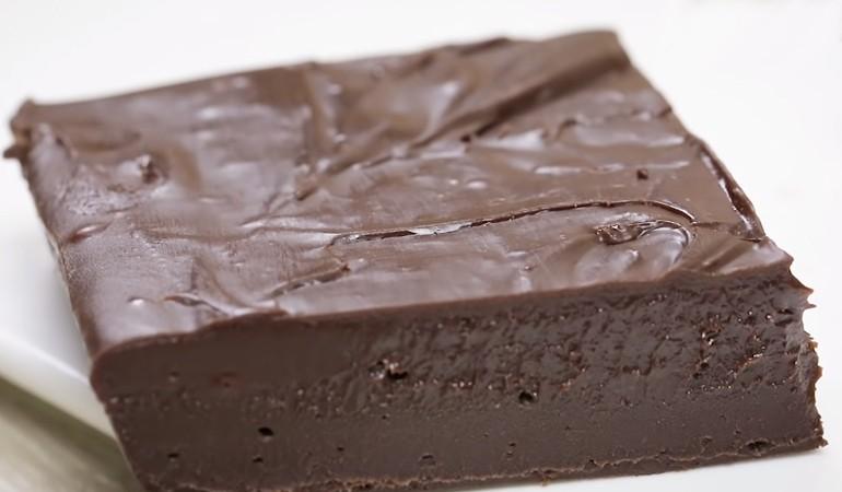 вкусный шоколадный десерт