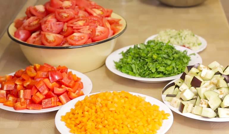 ингредиенты для салата Анкл Бенс с баклажаном