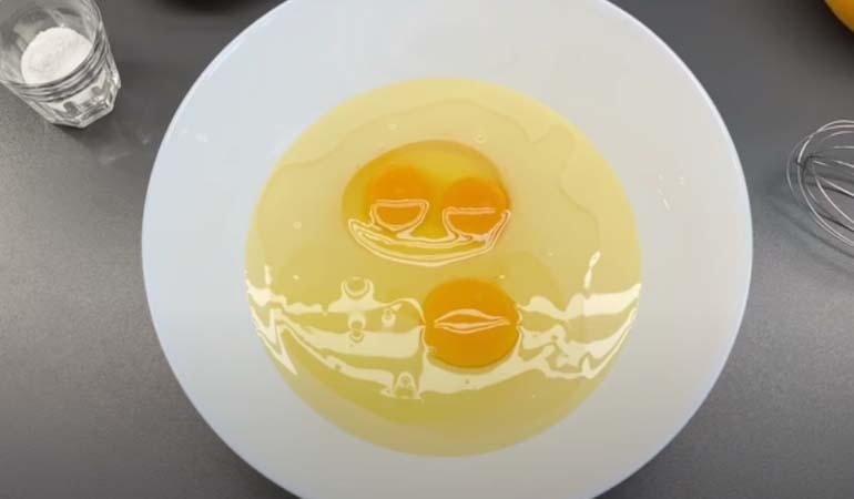 яйца со сгущенкой